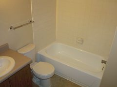 bathroom21296516926
